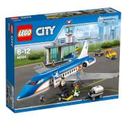 LEGO® City 60104 Flughafen-Abfertigungshalle, 694 Teile