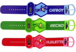 PJ Masks LED Uhr mit Relieffigur 6,5x21 cm - 3 Charaktere sortiert: Gekko, Catbo